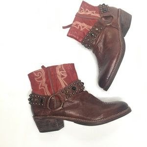 Sam Edelman Western studded boots / booties Sz 7